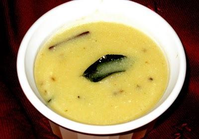 Kadhi (Sopa De Yogurte)